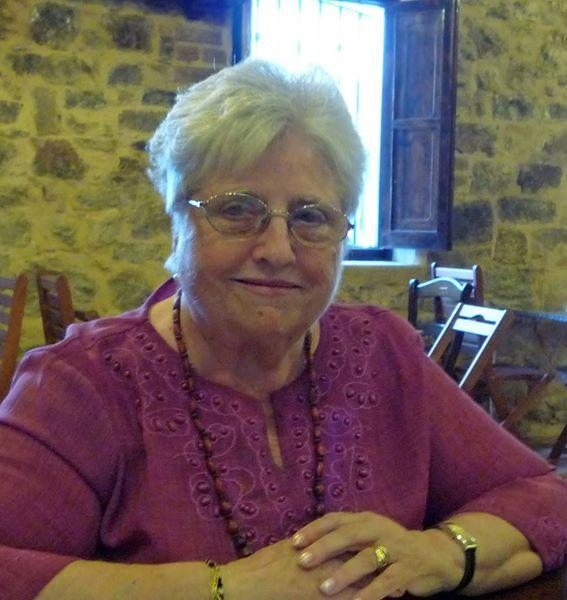 Carmen Adelantado Castillo, escritora del Puerto de Sagunto, Valencia España.